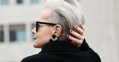 8 stilingiausi kirpimai vyresnio amžiaus moterims