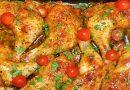 Kaip paprastus vištienos kumpelius paversti tikru šašlyku keptuvėje: marinuojame, o paskui kepame su svogūnais